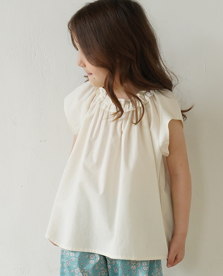 ORGANIC COTTON SLEEVELESS BLOUSE